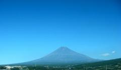 H271025_FB0_Fuji.jpg